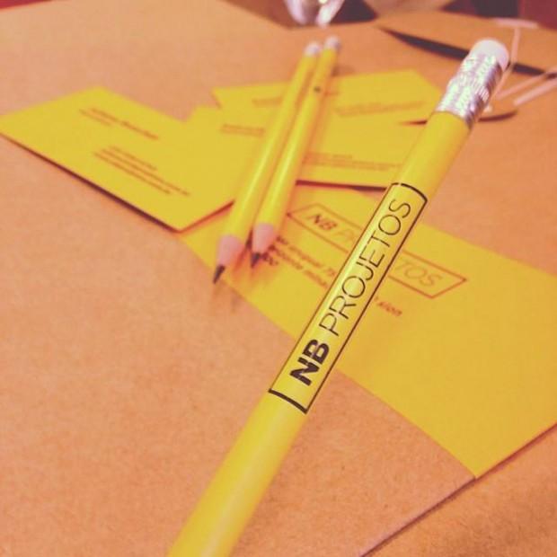 Lápis e material de escritório NB Projetos